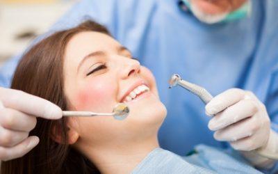 Tandvleescontrole, onderhoudsinstructie en gebitsreiniging bij Dental4All in Hoek van Holland