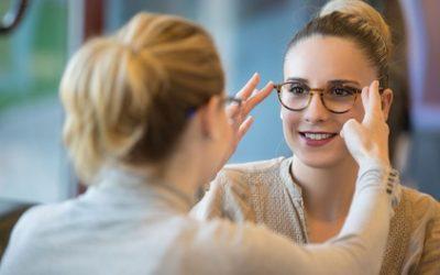 Einstärkenbrille, Sonnenbrille, Blaulichtfilter-Brille bei 85 brillen.de Filialen vor Ort (bis zu 74% sparen*)