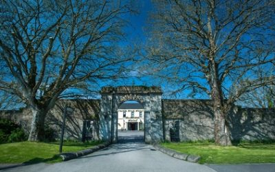 Co. Meath: 1-2 Nights for 2 with Breakfast, Main-Course Meal on One Night and Late Check-Out at Castle Arch Hotel