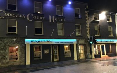 Co. Galway: 1-2 Nights for Two with Breakfast, Dinner and a Glass of Wine at Corralea Court Hotel