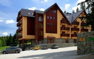 Szklarska Poręba: apartament dla 2-4 osób z basenem, sauną i więcej w Apartamentach Lola