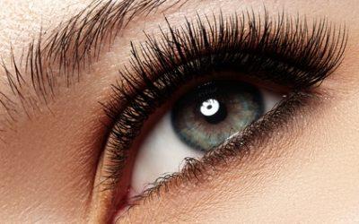 Extension de cils ou pose de mascara, option épilation des sourcils chez Allegra Beauty Spa