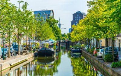 In der Nähe des Strandes und im Herzen von Den Haag: Deluxe- oder Superior-Doppelzimmer für Zwei im 4* Paleis Hotel