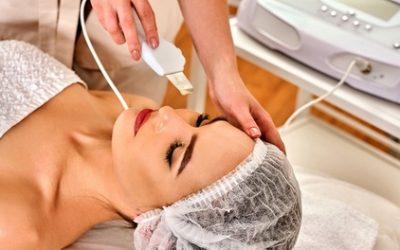 Mikrodermabrazja diamentowa lub peeling kawitacyjny z maską od 49,99 zł w Kosmetyka Profesjonalna i Wizaż